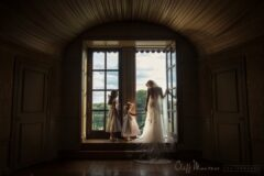 Cliff Mautner Philadelphia Wedding Photographer Bride With Flower Girls